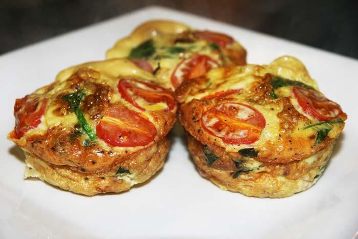 tomato,-spinach-egg-muffins