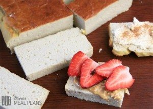 Breakfast cake with peanut butter and strawberries
