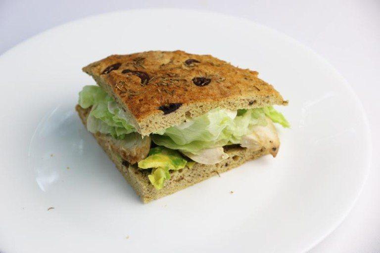 olive-thyme-foccacia-sandwich-768x512
