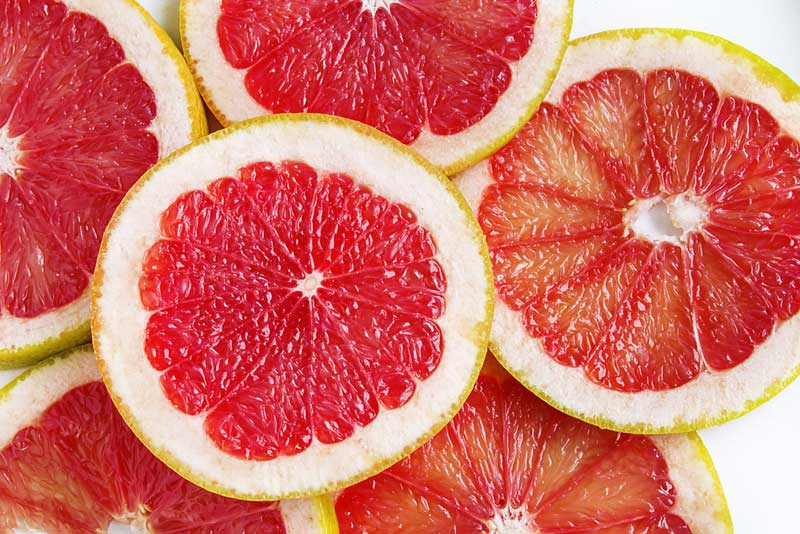 Grapefruit and Type 2 Diabetes: Nutrition Facts and Benefits