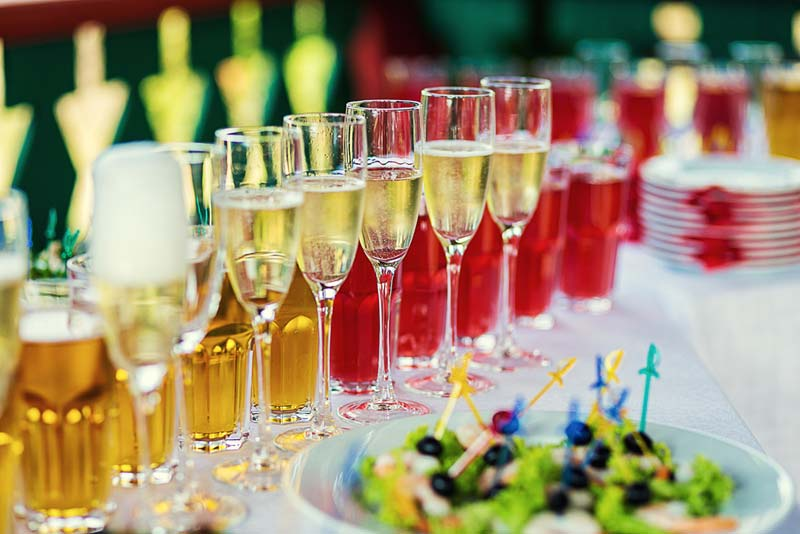 Alcohol and Diabetes: Carb Counts & Facts