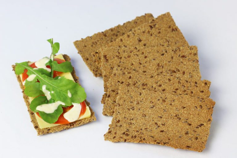 Low Carb Flax Sandwich Crackers | Diabetes Meal Plans
